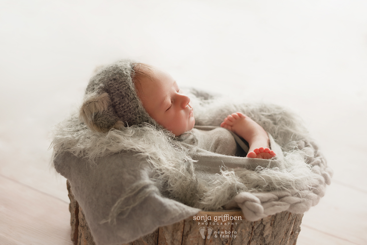Oliver-Newborn-Brisbane-Newborn-Photographer-Sonja-Griffioen-15.jpg