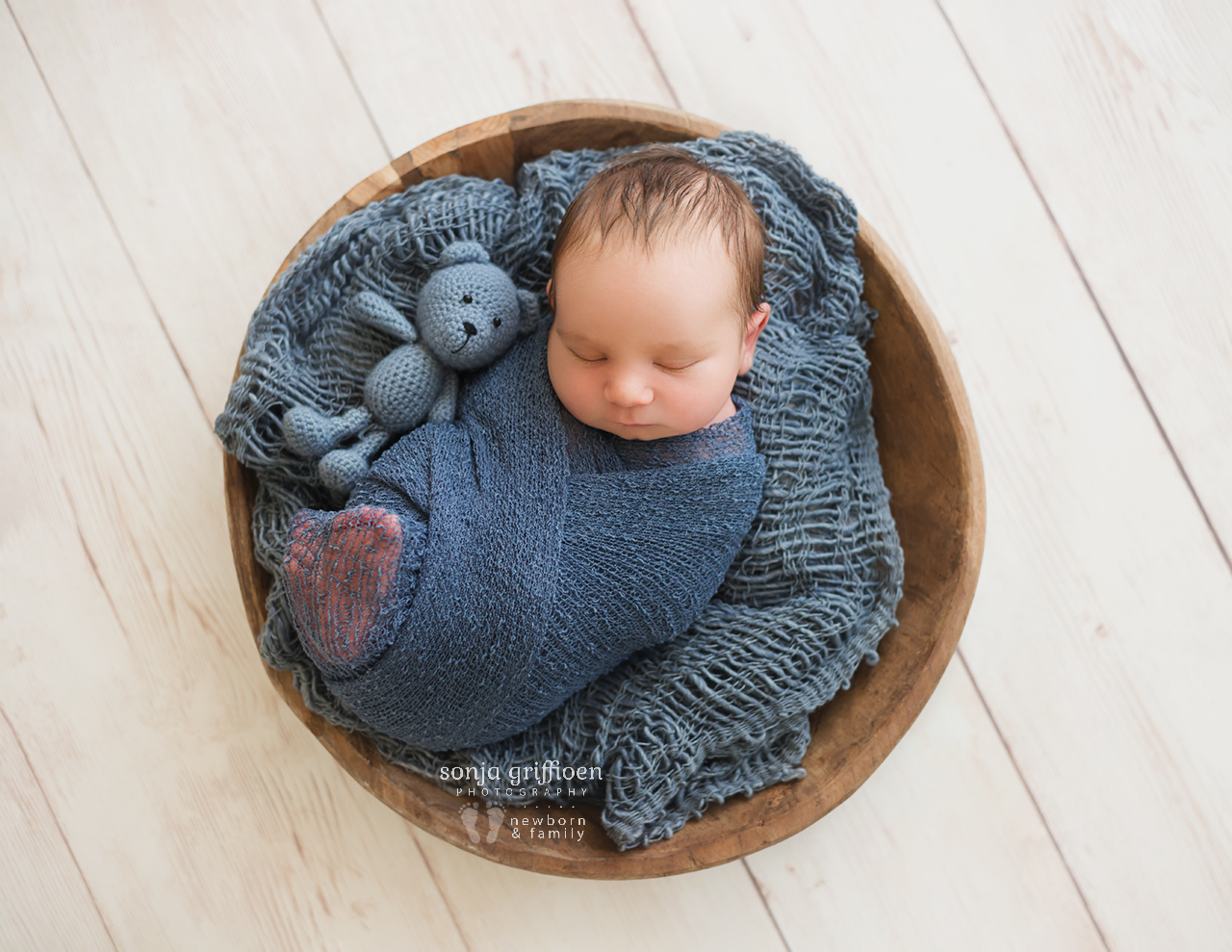Oliver-Small-Newborn-Brisbane-Newborn-Photographer-Sonja-Griffioen-10.jpg
