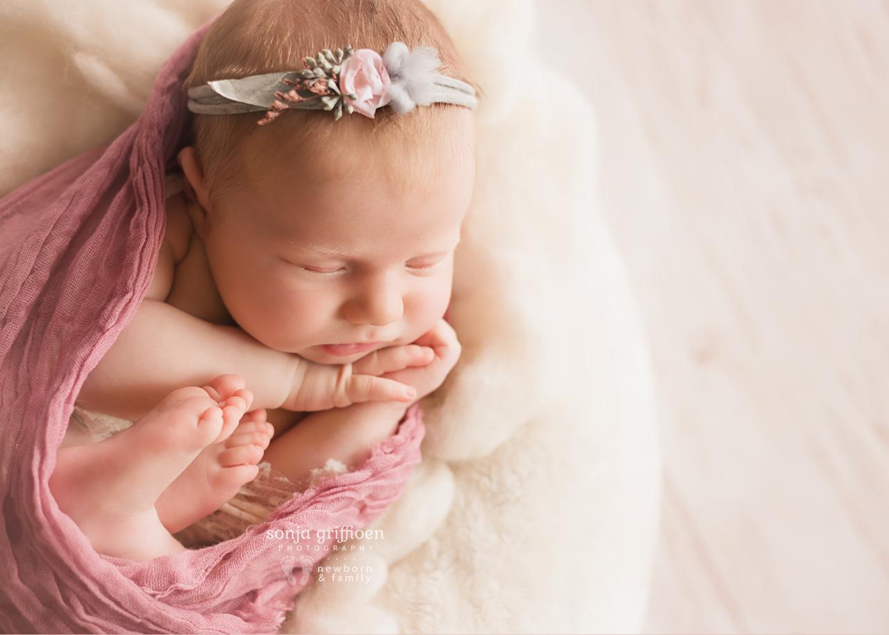 Olivia-A-Newborn-Brisbane-Newborn-Photographer-Sonja-Griffioen-03.jpg