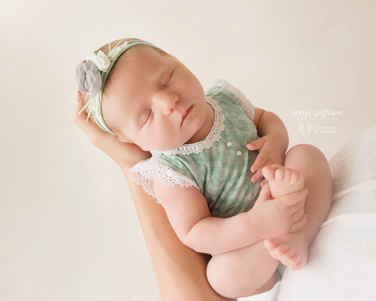 Olivia-A-Newborn-Brisbane-Newborn-Photographer-Sonja-Griffioen-15.jpg