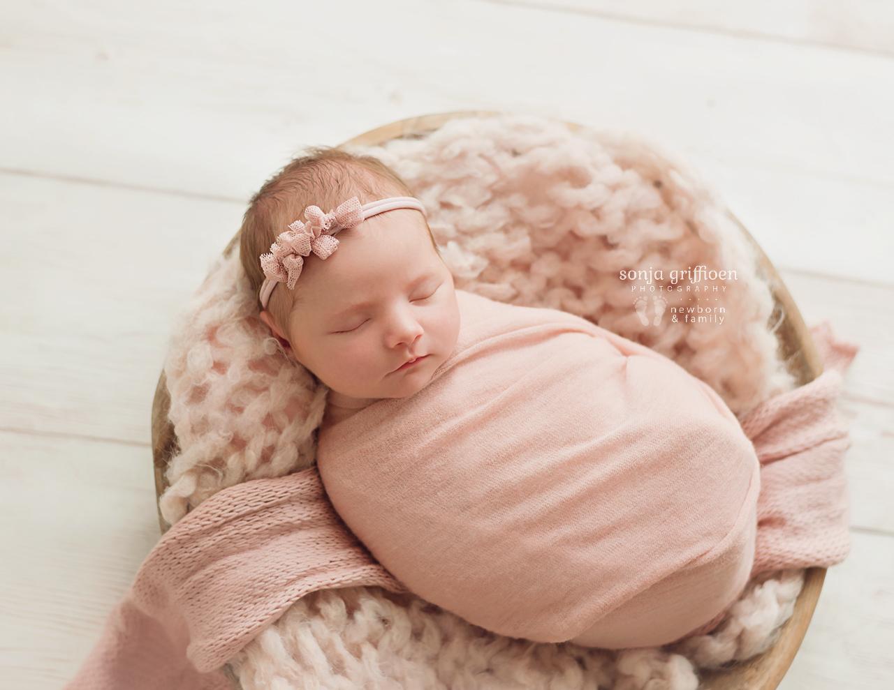Olivia-O-Newborn-Brisbane-Newborn-Photographer-Sonja-Griffioen-04b.jpg