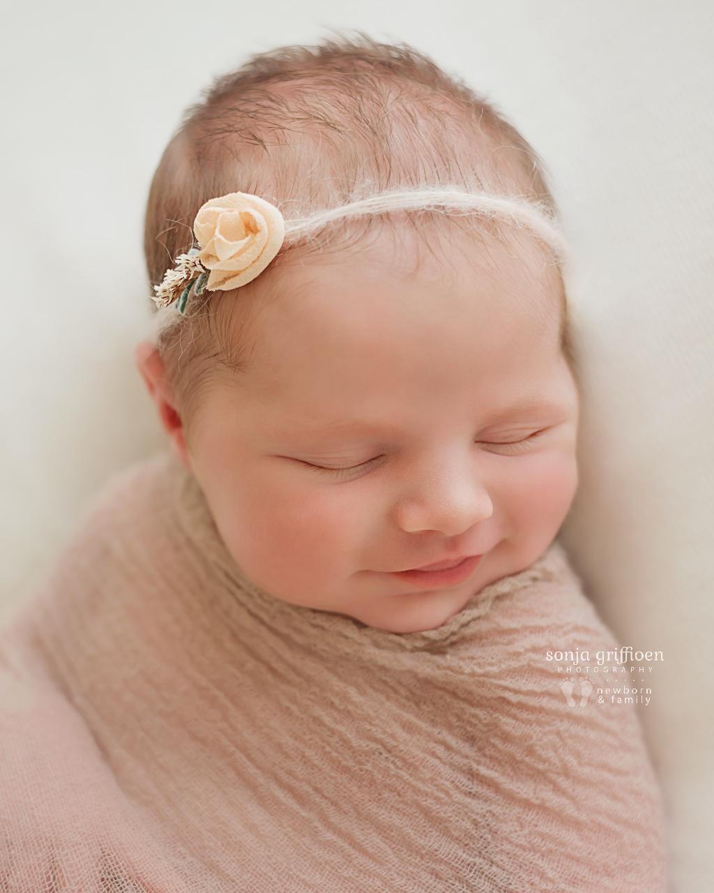 Olivia-O-Newborn-Brisbane-Newborn-Photographer-Sonja-Griffioen-09.jpg