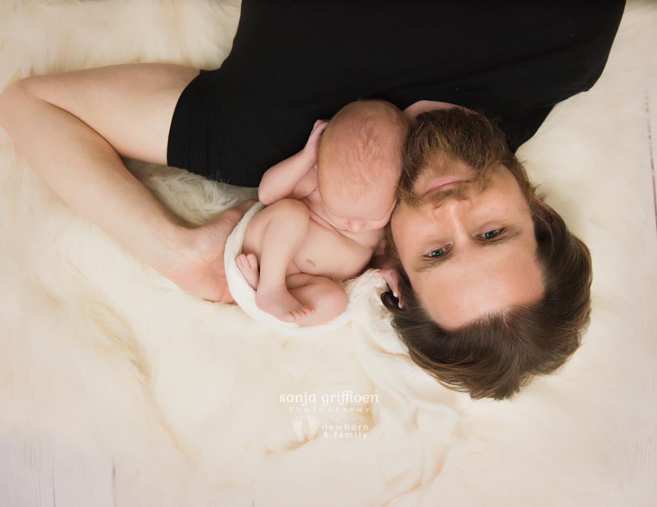 Remi-Newborn-Brisbane-Newborn-Photographer-Sonja-Griffioen-05.jpg