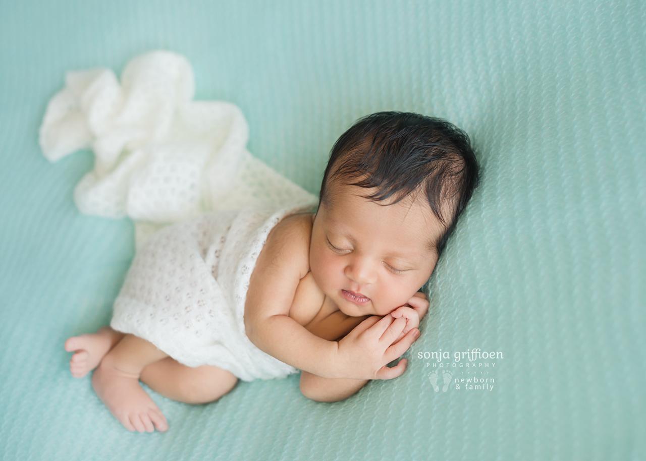 Reuben-Newborn-Brisbane-Newborn-Photographer-Sonja-Griffioen-20.jpg