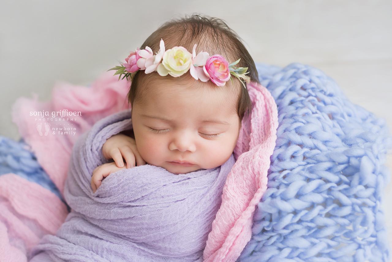 Rumeysa-Newborn-Brisbane-Newborn-Photographer-Sonja-Griffioen-04.jpg