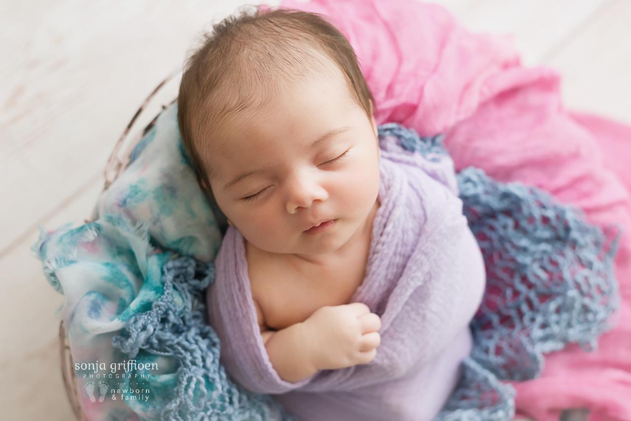 Rumeysa-Newborn-Brisbane-Newborn-Photographer-Sonja-Griffioen-08.jpg