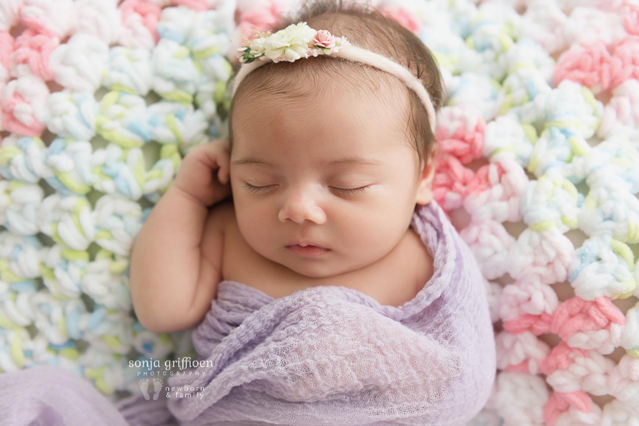 Rumeysa-Newborn-Brisbane-Newborn-Photographer-Sonja-Griffioen-10.jpg