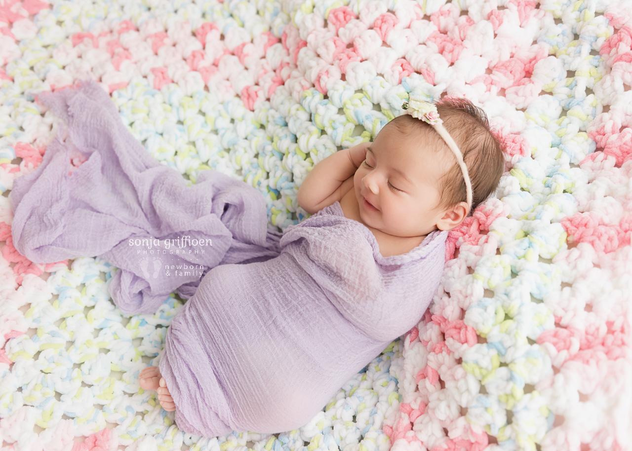Rumeysa-Newborn-Brisbane-Newborn-Photographer-Sonja-Griffioen-11.jpg