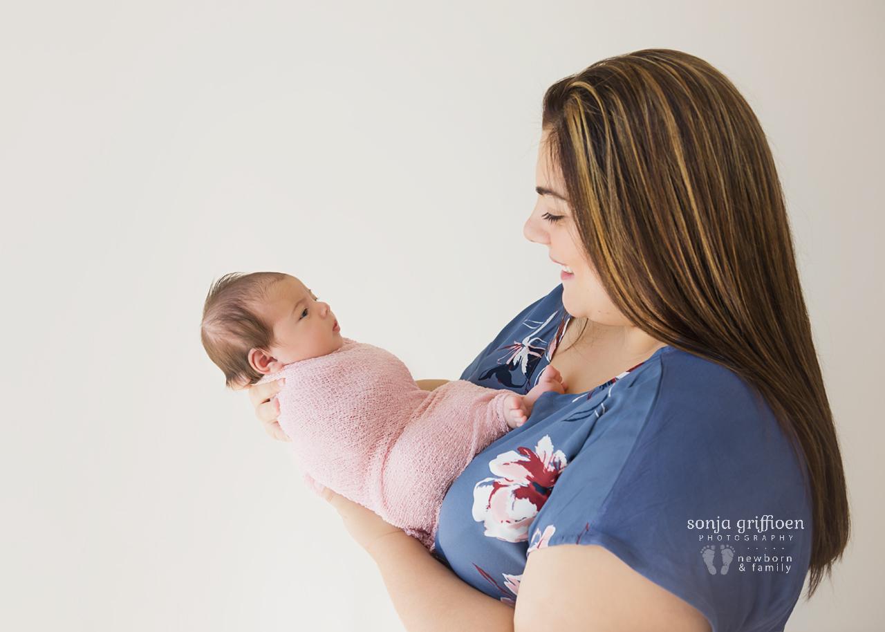 Rumeysa-Newborn-Brisbane-Newborn-Photographer-Sonja-Griffioen-17.jpg