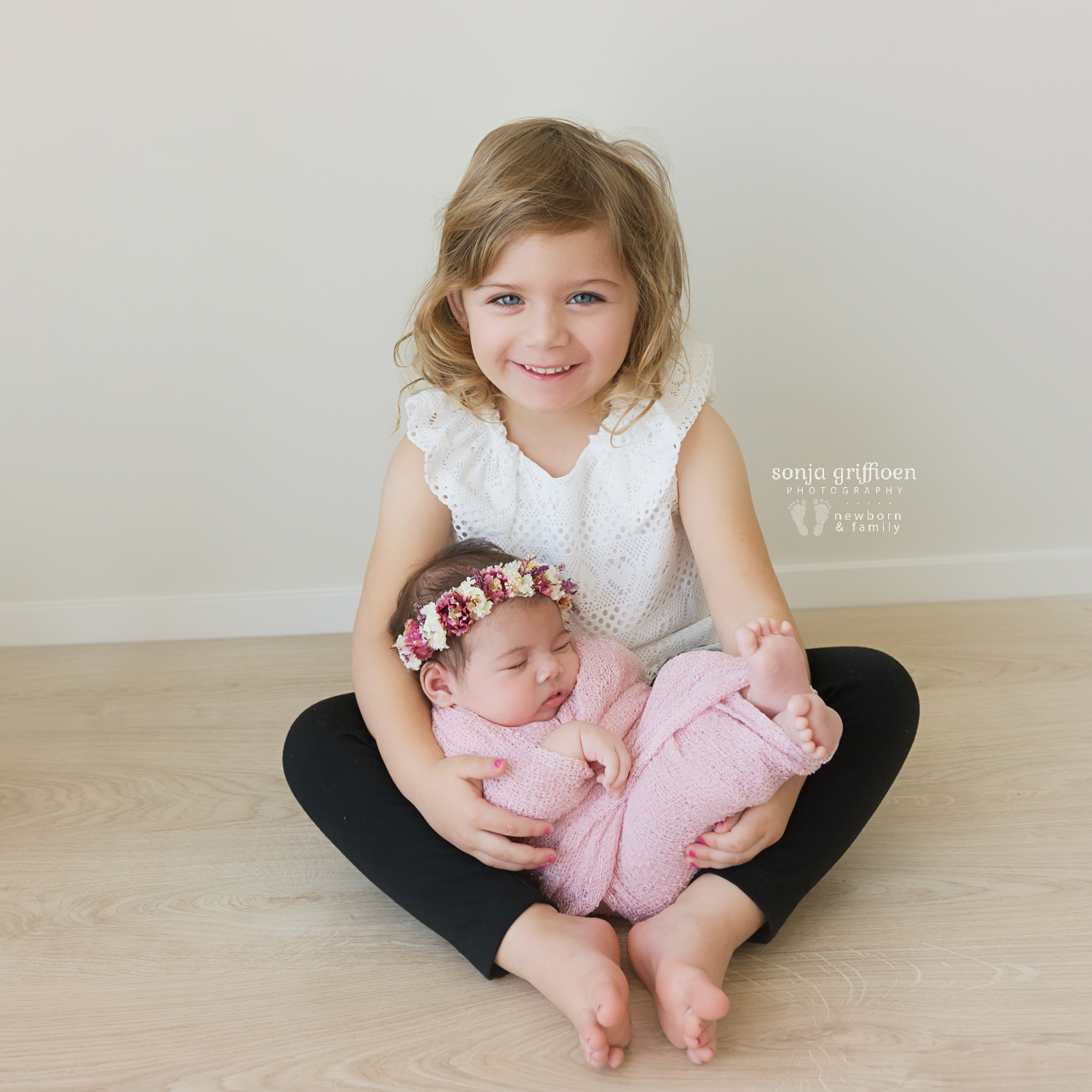 Rumeysa-Newborn-Brisbane-Newborn-Photographer-Sonja-Griffioen-24b.jpg