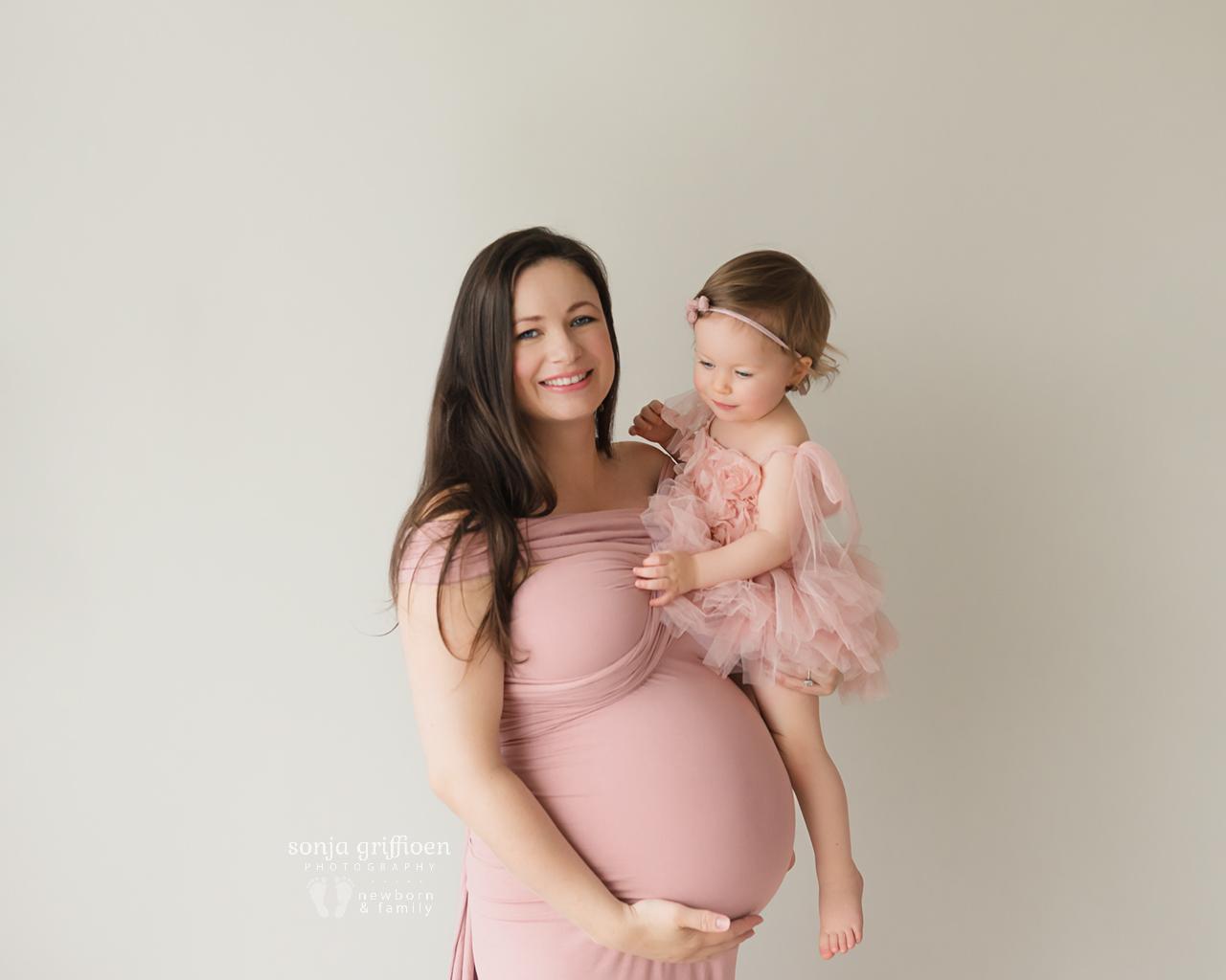 Sarah-Maternity-2-Brisbane-Newborn-Photographer-Sonja-Griffioen-02.jpg
