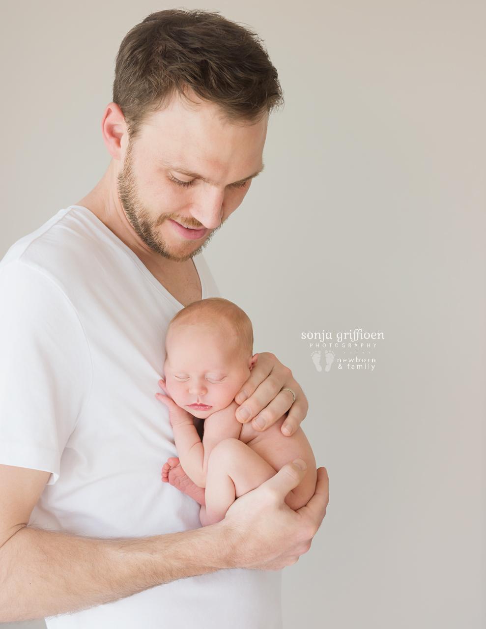 Sienna-Newborn-Brisbane-Newborn-Photographer-Sonja-Griffioen-06.jpg