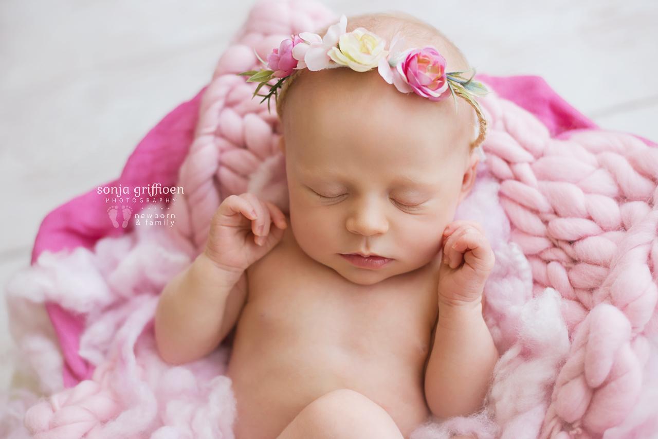 Sienna-Newborn-Brisbane-Newborn-Photographer-Sonja-Griffioen-15.jpg
