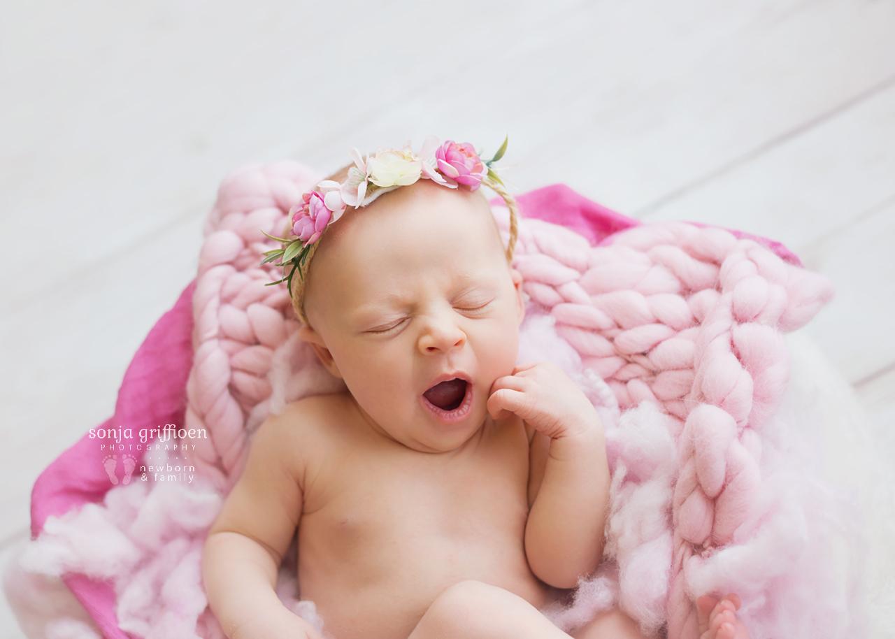 Sienna-Newborn-Brisbane-Newborn-Photographer-Sonja-Griffioen-17.jpg