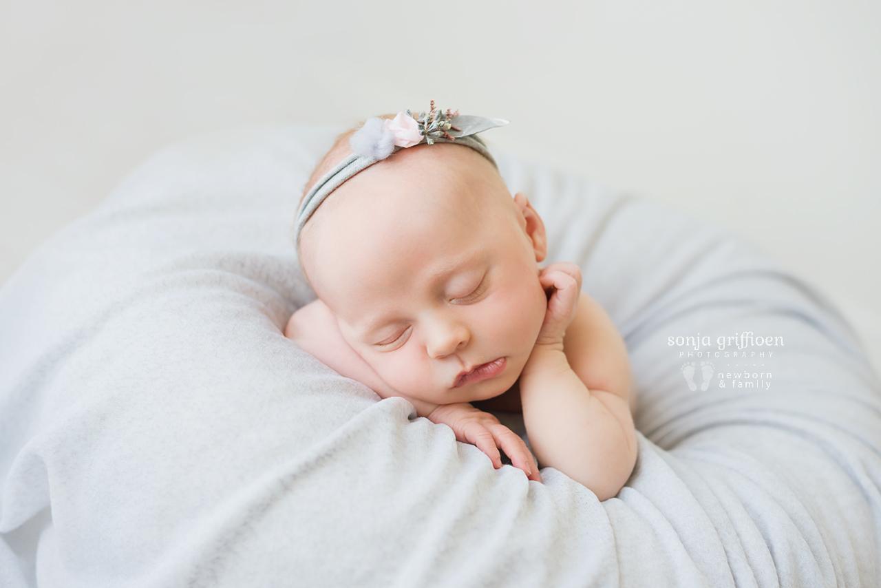 Sienna-Newborn-Brisbane-Newborn-Photographer-Sonja-Griffioen-23.jpg
