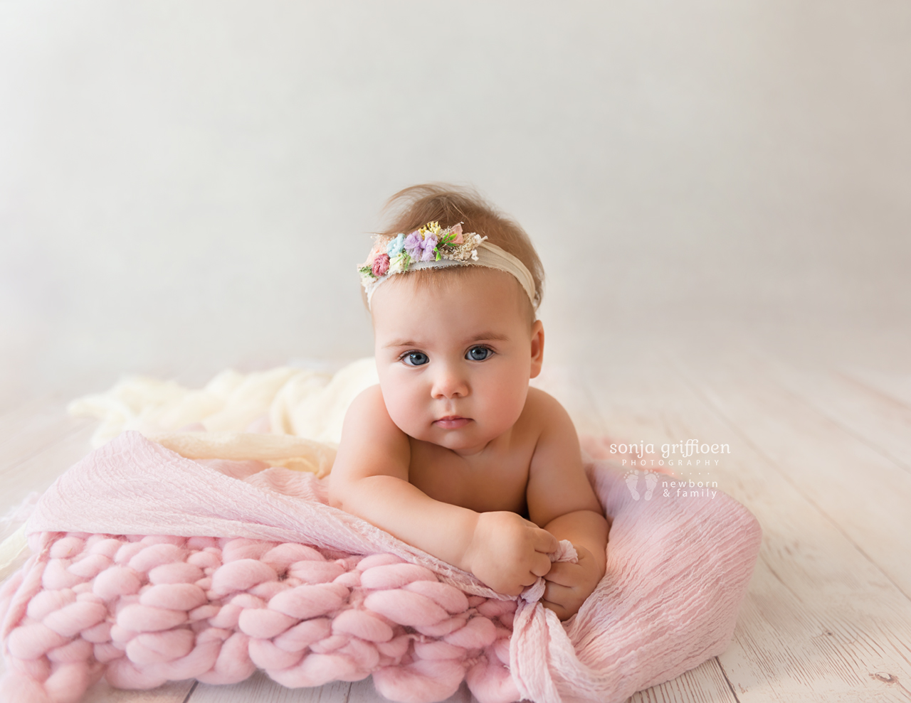 Thalia-Milestone-Brisbane-Newborn-Photographer-Sonja-Griffioen-16.jpg