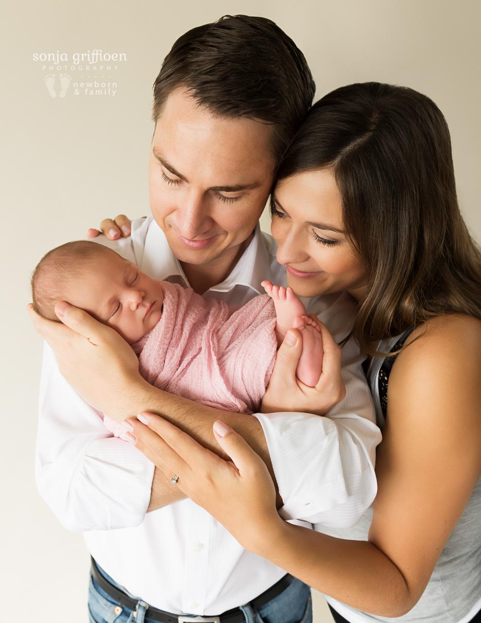 Thalia-Newborn-Brisbane-Newborn-Photographer-Sonja-Griffioen-42.jpg