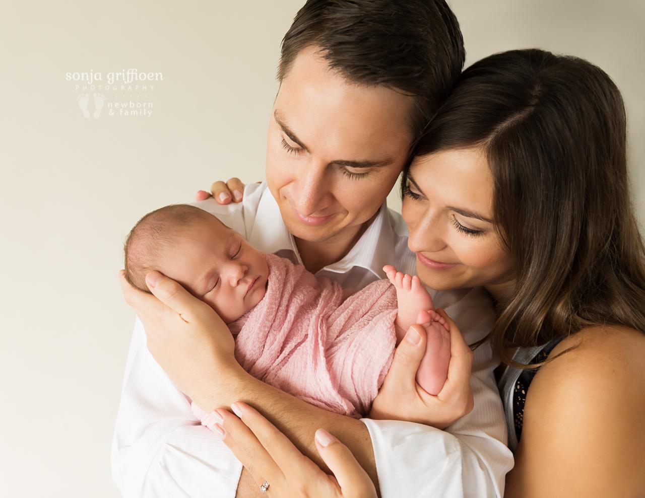 Thalia-Newborn-Brisbane-Newborn-Photographer-Sonja-Griffioen-431.jpg