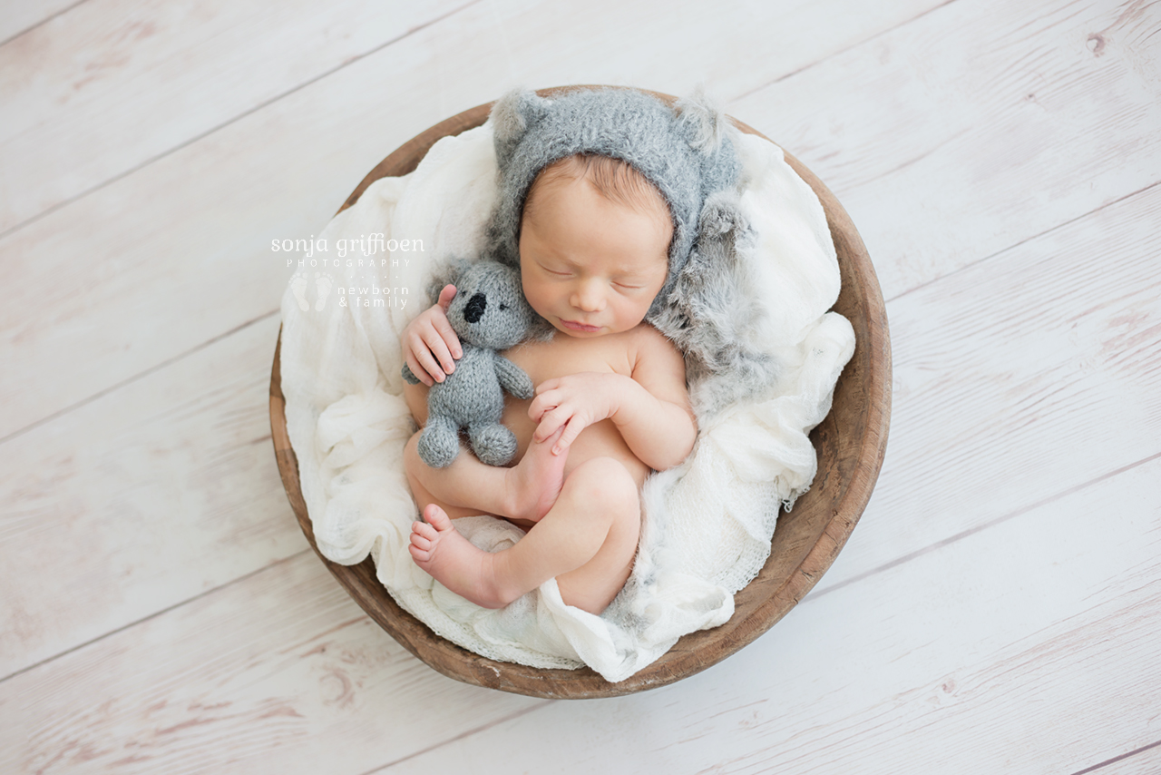 Theo-Newborn-Brisbane-Newborn-Photographer-Sonja-Griffioen-08.jpg
