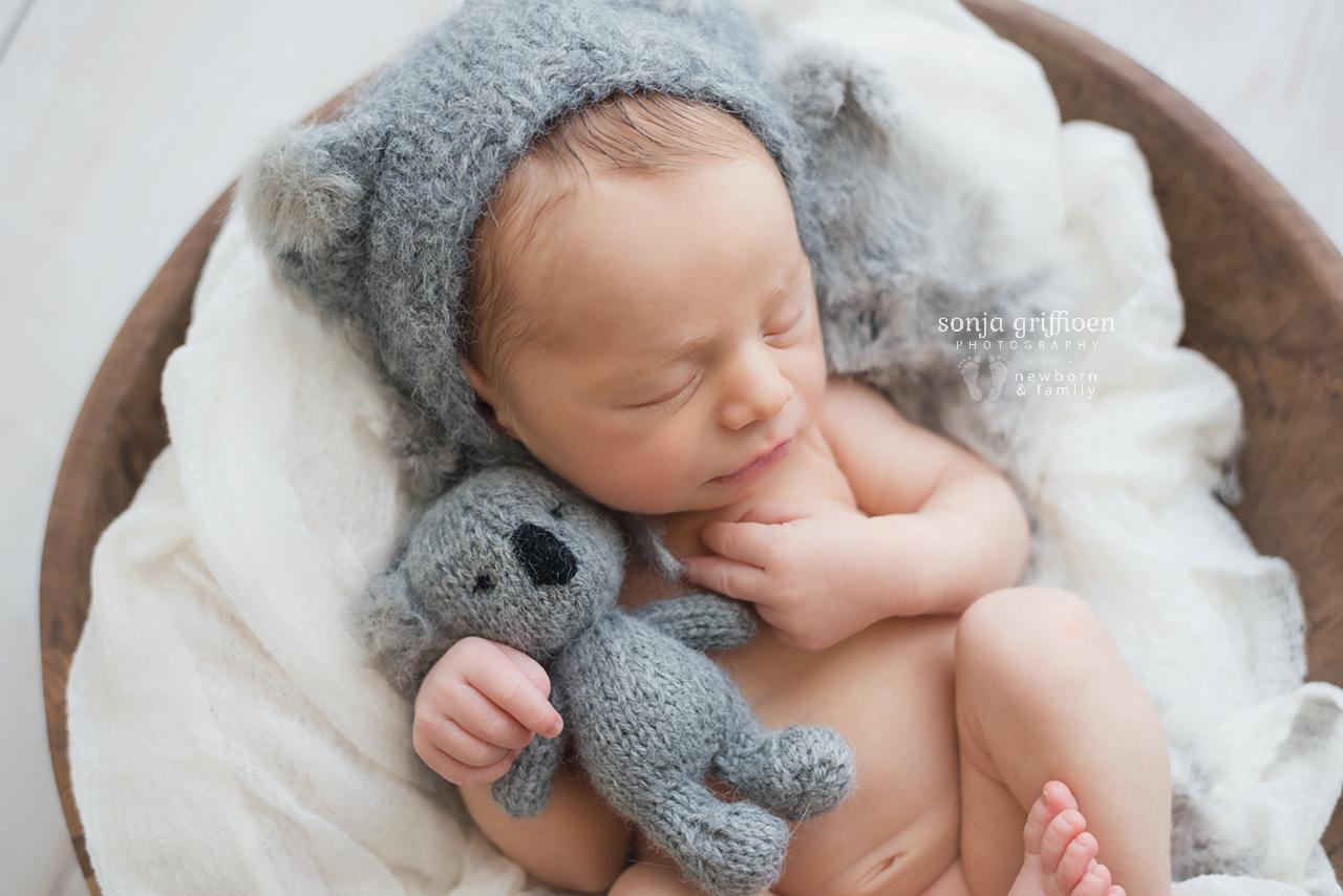 Theo-Newborn-Brisbane-Newborn-Photographer-Sonja-Griffioen-09.jpg
