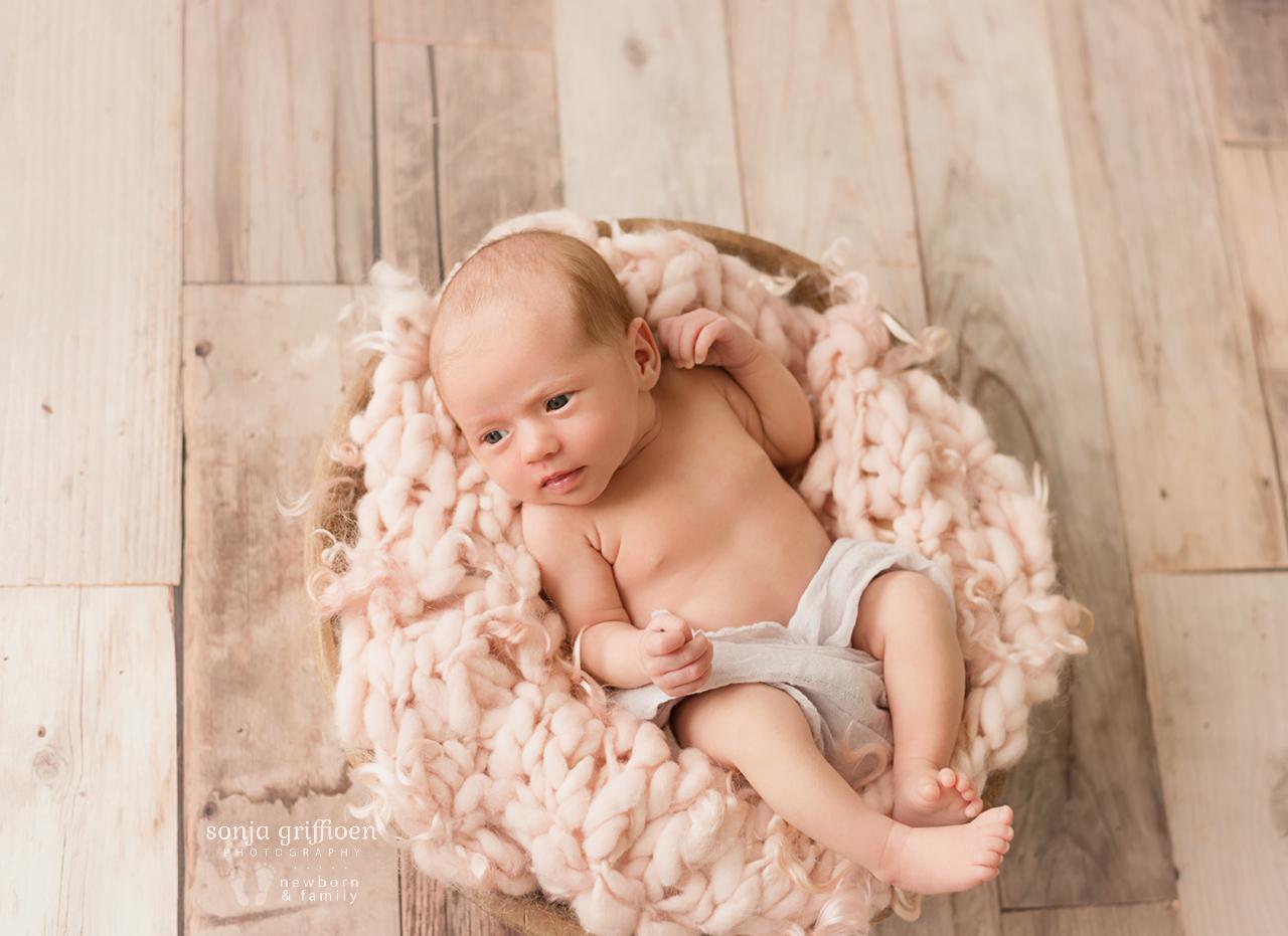 Veronica-Newborn-Brisbane-Newborn-Photographer-Sonja-Griffioen-10.jpg