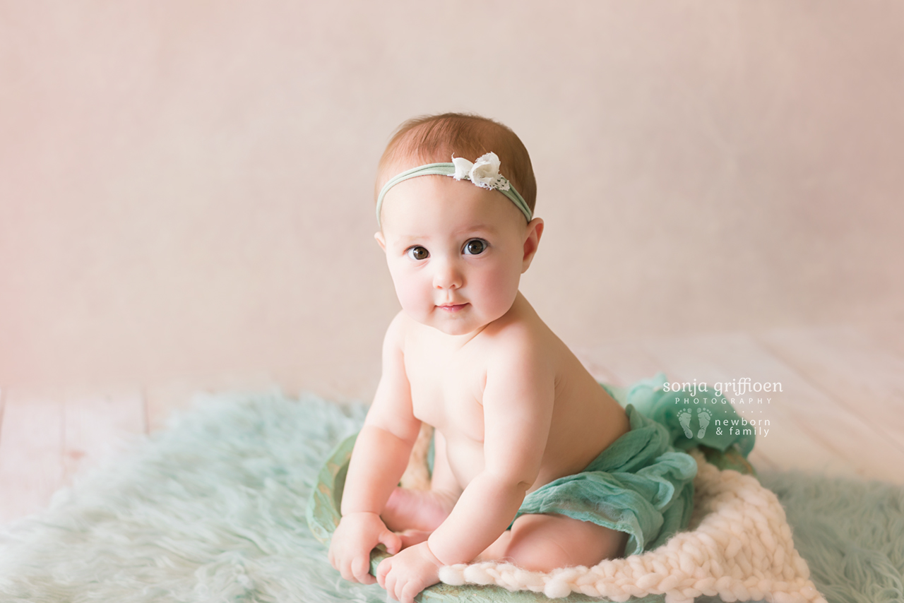 Violet-Milestone-Brisbane-Newborn-Baby-Photographer-Sonja-Griffioen-02.jpg
