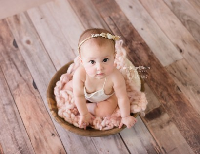 Baby photography, Brisbane baby photos, sitter session, milestone photography, milestone session, baby milestones, Brisbane baby photography