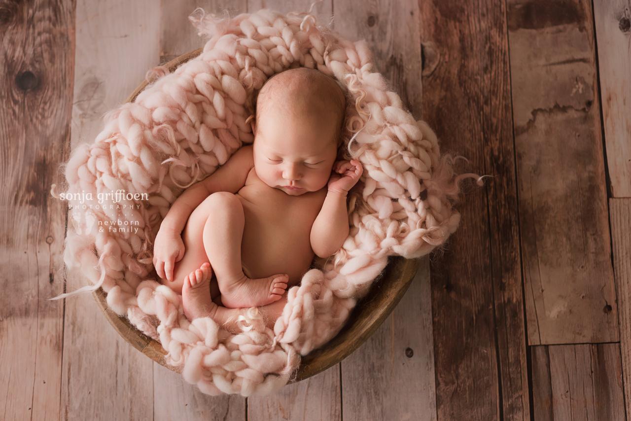 Violet-Newborn-Brisbane-Newborn-Photographer-Sonja-Griffioen-15.jpg