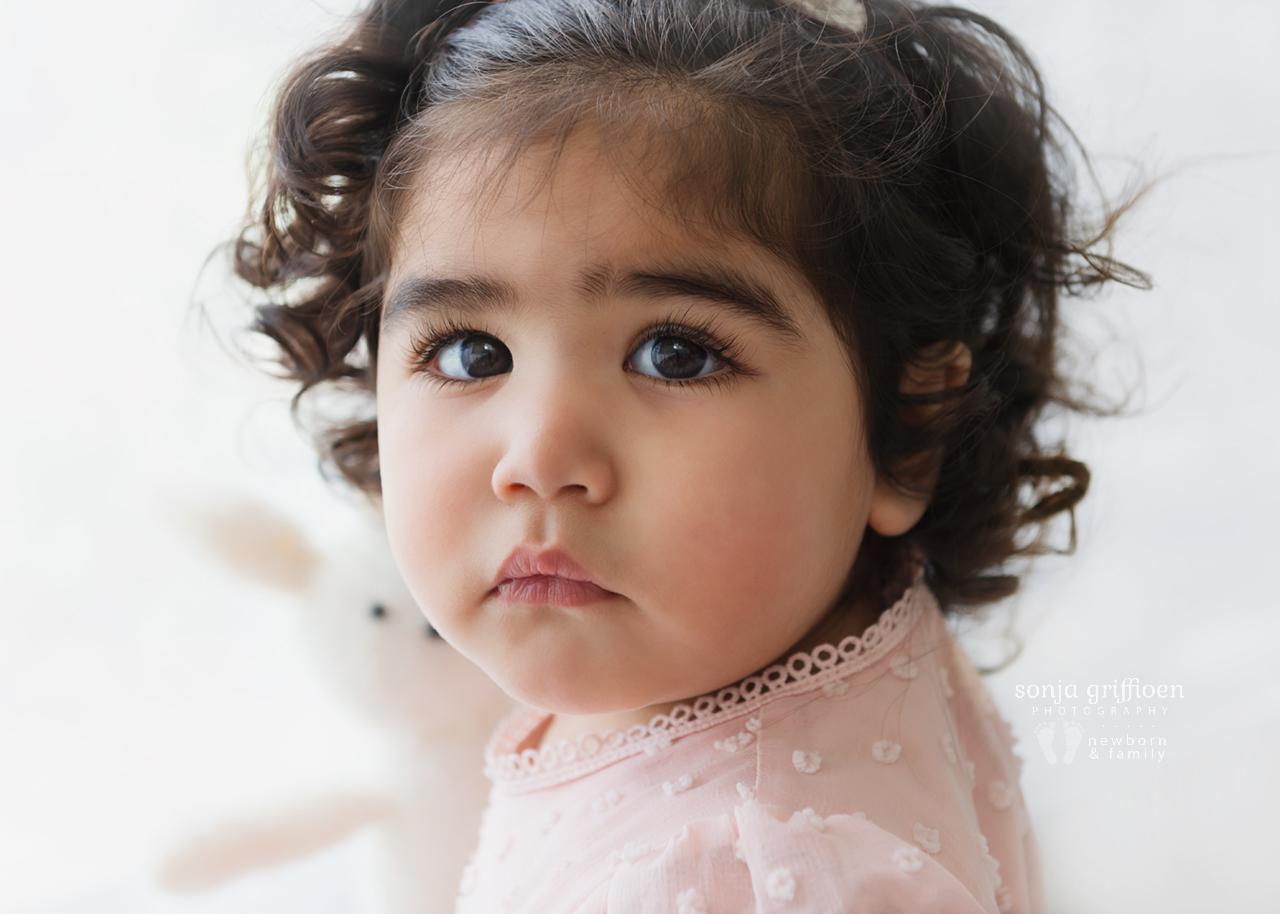Yara-1-Brisbane-Baby-Photographer-Sonja-Griffioen-08.jpg