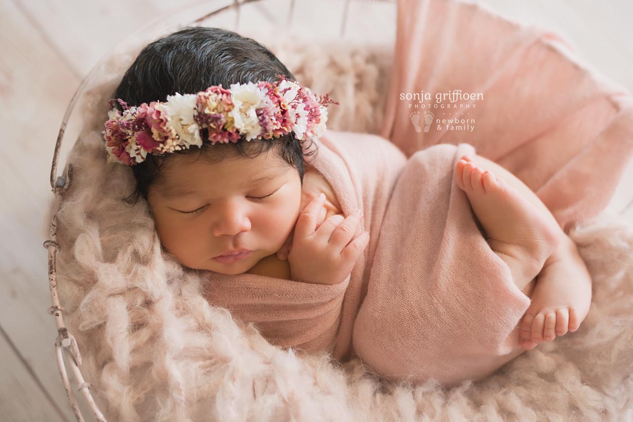 Yara-Newborn-Brisbane-Newborn-Photographer-Sonja-Griffioen-03.jpg