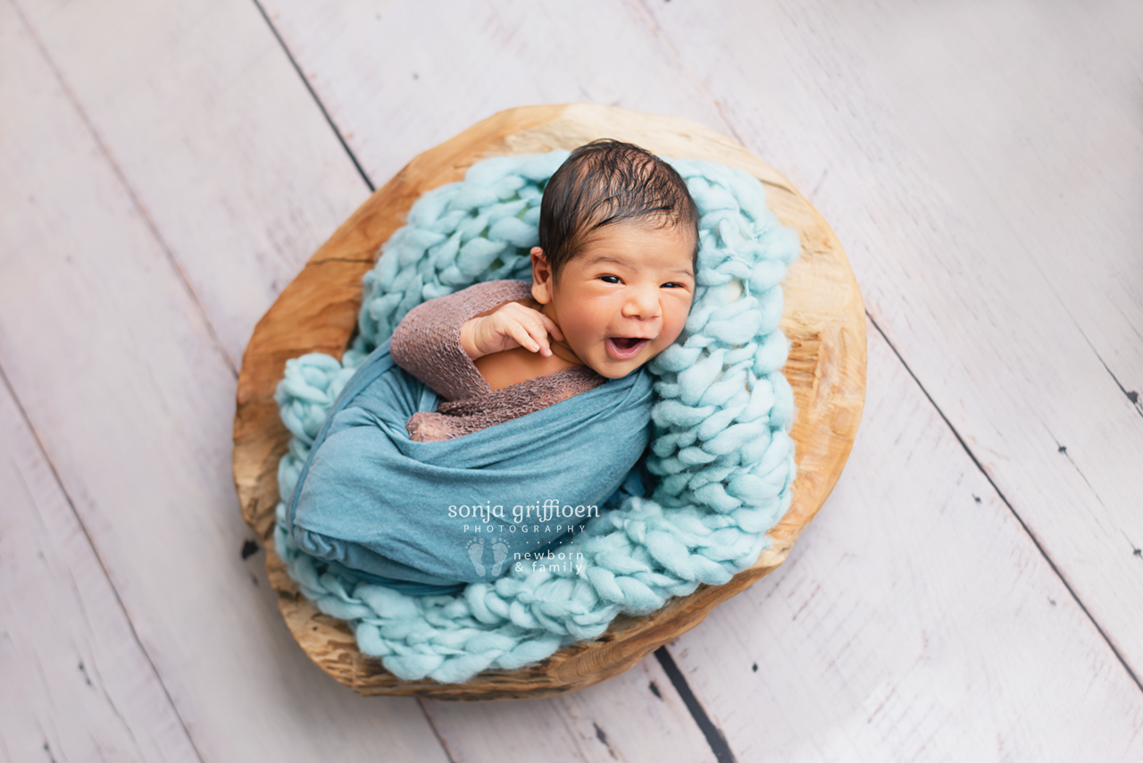 Yusif-Newborn-Brisbane-Newborn-Photographer-Sonja-Griffioen-03.jpg