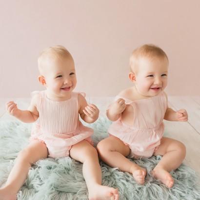 Sonja Griffioen - Newborn Photography Brisbane