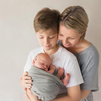 Sonja Griffioen - Brisbane Newborn Photographer