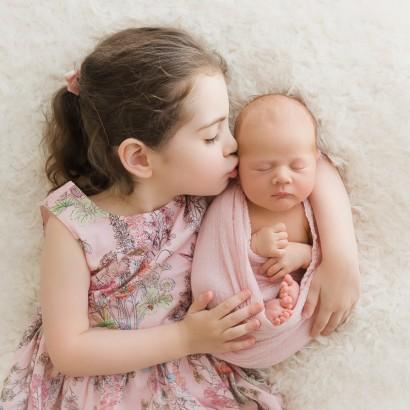 Nieve-Newborn-Brisbane-Newborn-Photographer-Sonja-Griffioen-ft-01